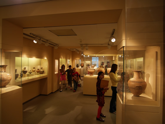 cycladic museum's displays